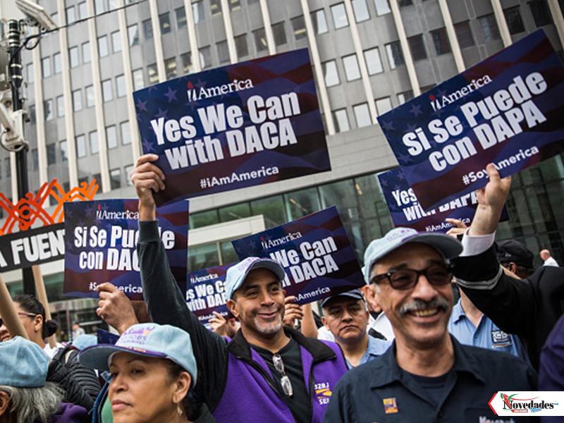 Este Lunes 18 de Abril · Debate Suprema Corte el futuro de DACA y DAPA