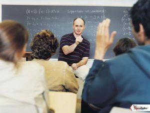 profesor en clase1