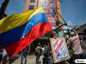 periodistas-venezolanos-piden-rever1