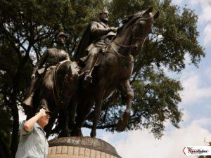 estatua Robert E Lee en Dallas1