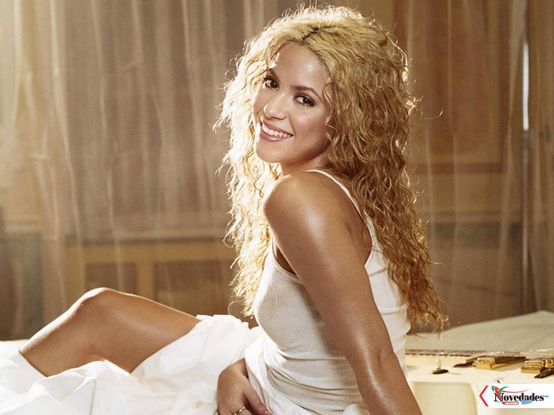 Shakira Hot Singer1