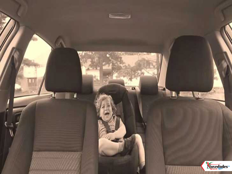 niño en carro1