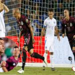 México se lleva el liderato tras vencer a El Salvador