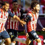 Primer triunfo de Chivas con Leaño: gana 2-0 a Toluca